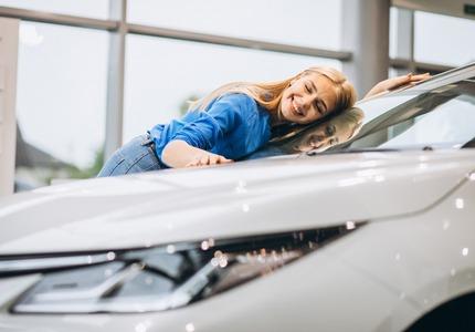 Jak dbać o wynajęte auto?